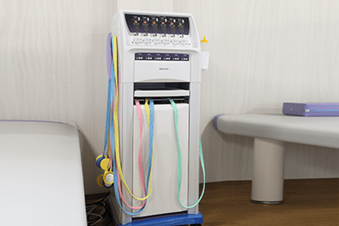 干渉波電流型低周波治療器スーパーカイネ